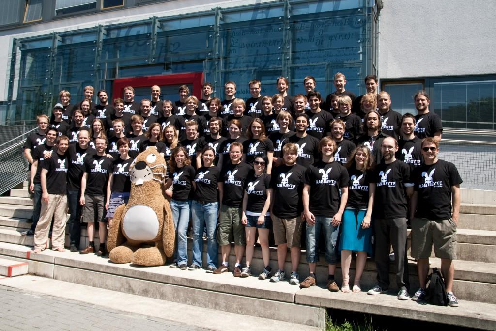 Die Studenten am GamesLab (Foto: Volker Sparmann)