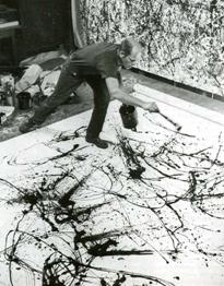 Technik vor Inhalt: Jackson Pollok stellte die Präsenz des Künstlers und Maltechnik in den Vordergrund. (Quelle: theslideprojector.com)