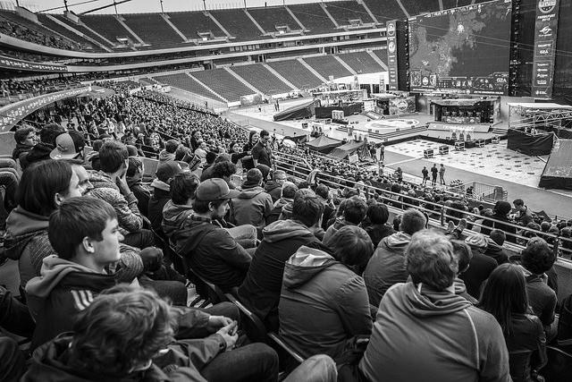 Zuschauer beim einem eSport Event der ESL in Frankfurt © ESL / Adela Sznajder